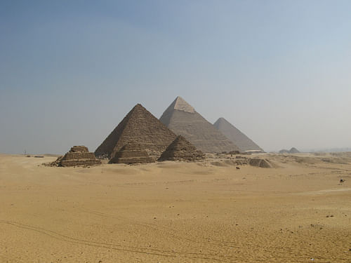 The Pyramids of Giza Panorama (by dungodung, CC BY-SA)