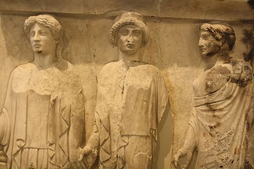 Three Graces Relief, Piraeus (by Mark Cartwright, CC BY-NC-SA)