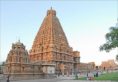 The Brihadishvara Temple, Thanjavur (by Jean-Pierre Dalbera, CC BY)