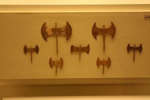 Minoan Double Axes
