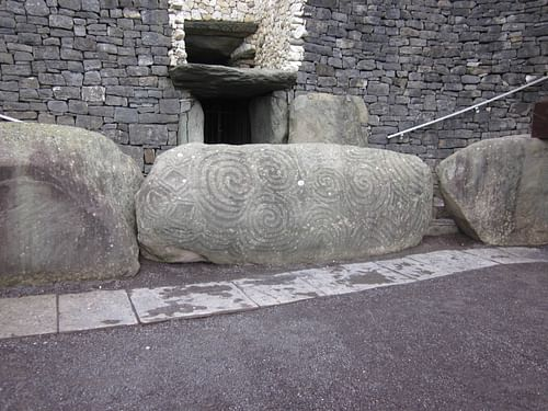 Newgrange Entrance (by )
