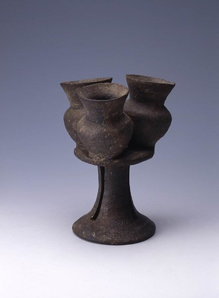 Sueki Stoneware from the Kofun Period