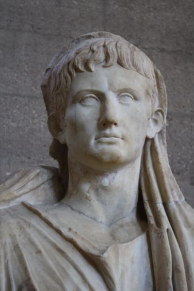 Augustus as Pontifex Maximus (Detail) (by Mark Cartwright, CC BY-NC-SA)