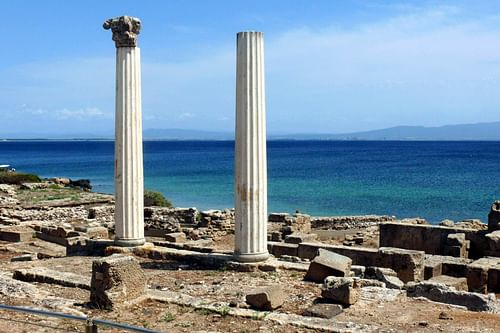 Classical Columns, Tharros. (by Simon.zfn)