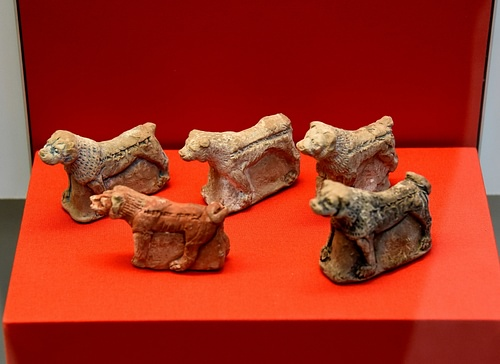 Model Clay Dogs from Nineveh