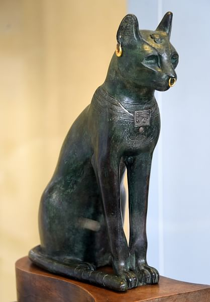 Egyptian Black Cat Statue Meaning