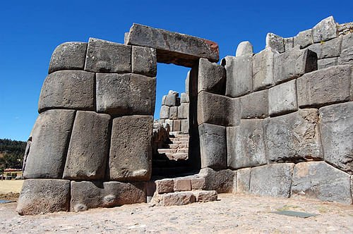 Sacsayhuaman Terrace Gateway (by Martynas, CC BY-NC-SA)