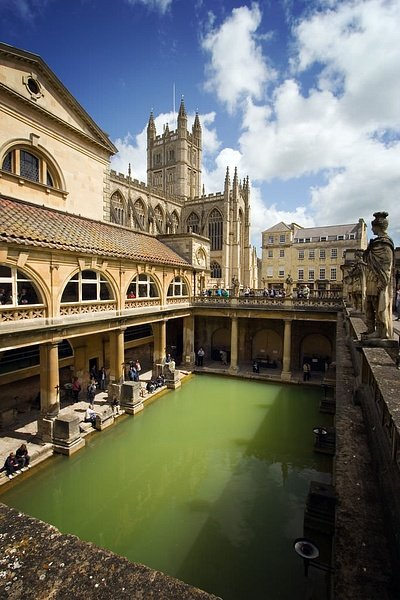 The Roman Baths in Bath- A Deep Dive into Britain's Ancient History