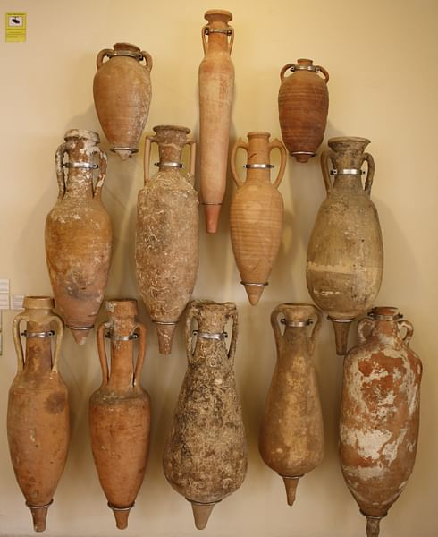 Amphorae (by Mark Cartwright, CC BY-NC-SA)