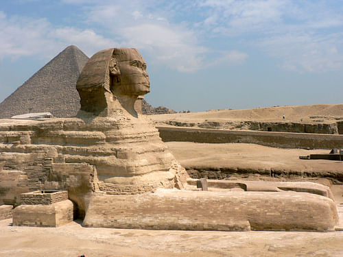 how much older is the sphinx than the pyramids