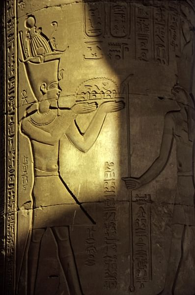 Ptolemy XIII in the Temple at Kom Ombo (by Rüdiger Stehn)