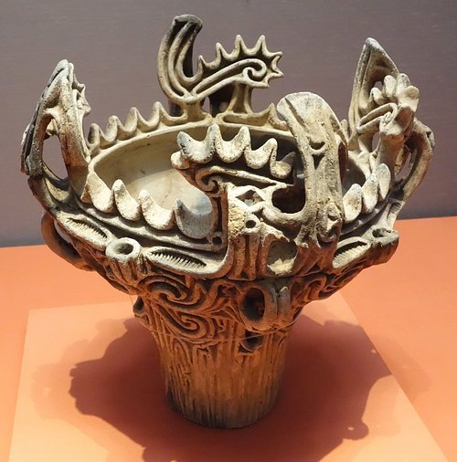 Jomon 'fire-flame' Vessel