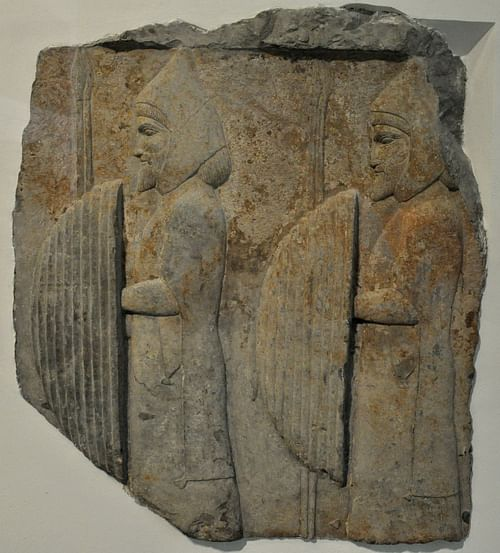Men with shields and spears from Persepolis (by Osama Shukir Muhammed Amin, CC BY-NC-SA)