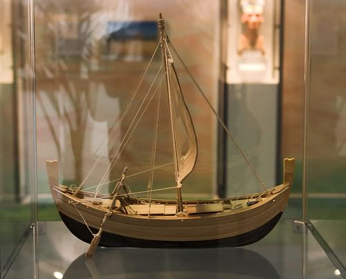 Reconstruction of the Uluburun Ship (by Martin Bahman)