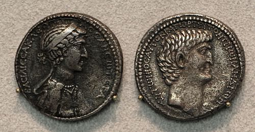 Silver Tetradrachm portraying Antony and Cleopatra (by Sailko)