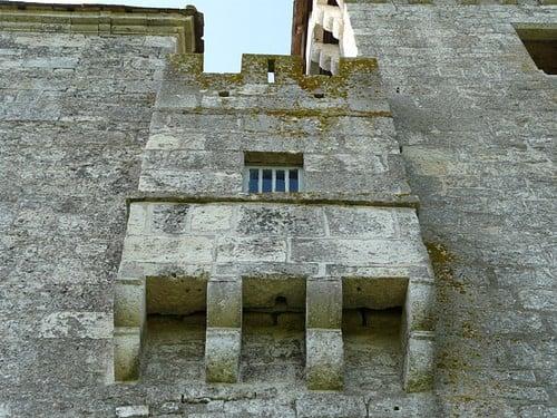 Letrina medieval del castillo