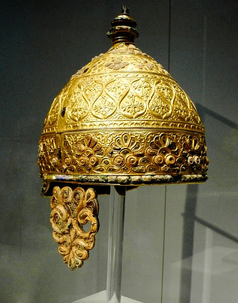 Celtic Parade Helmet (by Xuan Che, CC BY-NC-SA)