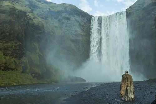 The Legendary Settlement of Iceland