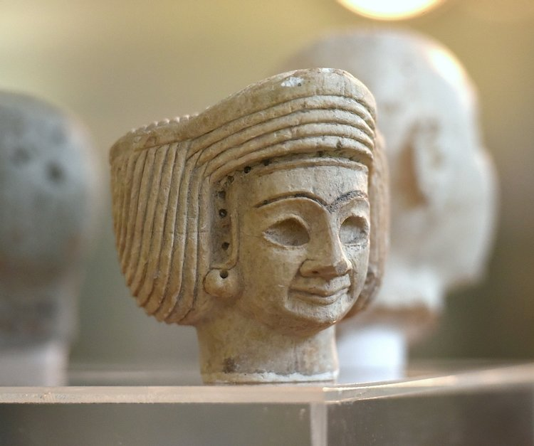 Female Worshiper from Tell Agrab at the Iraq Museum