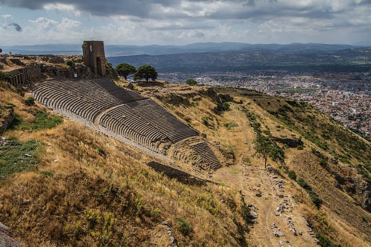 Theatre of Pergamon (Benh Lieu Song)