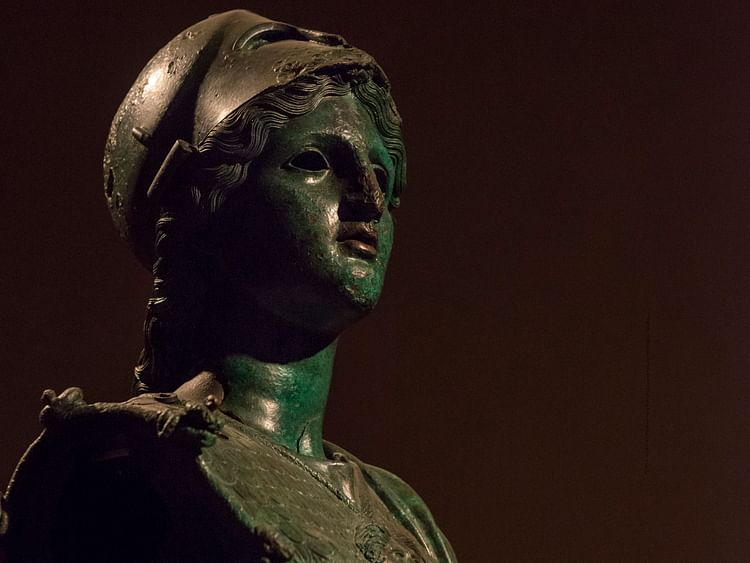 the etruscans preferred which the following materials for sculpture