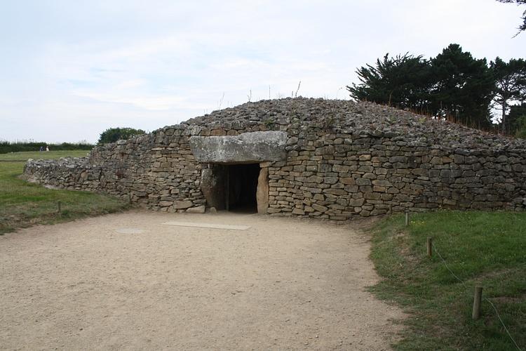 Mesa-des-Marchands Tumulus, Locmariaquer (Jehosua)