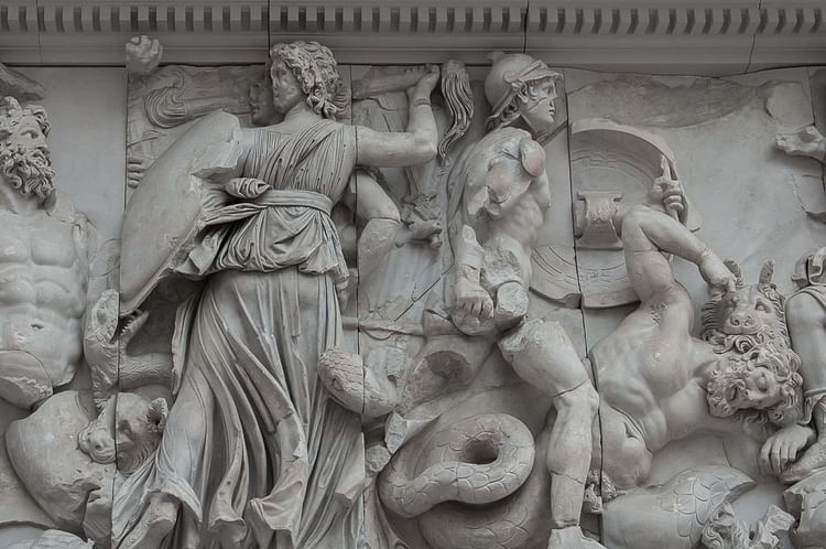 Hecate Fighting the Giant, Pergamon Altar