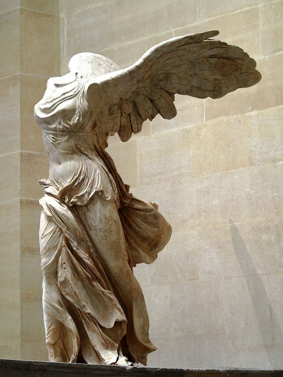 Nike de Samothrace (Tory Brown)