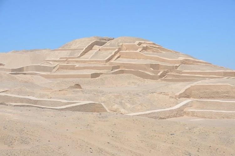 Montículo funerario, Cahuachi (Antoine 49)