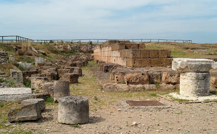 Temple Platform, Vulci (Dan Diffendale)