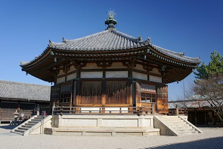 Salón de los sueños, Horyuji (663highland)