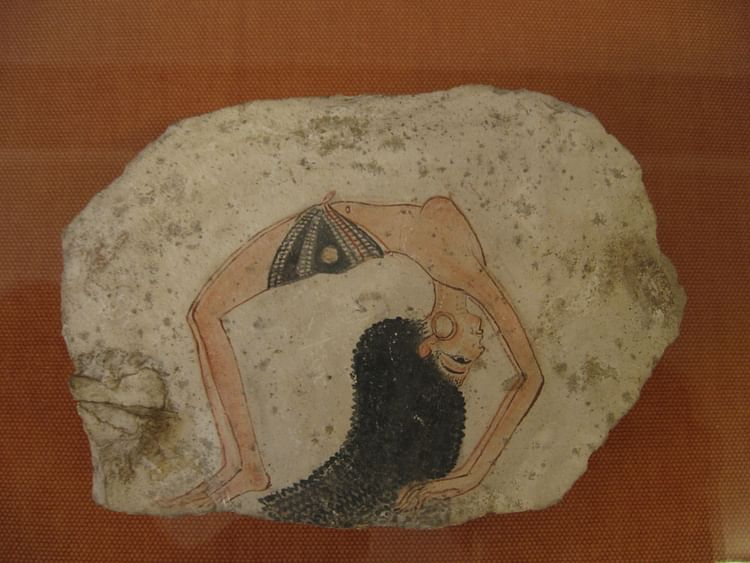 Know, Ancient egyptian dancers consider