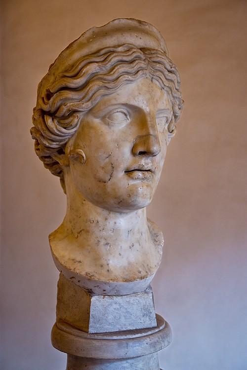 Hera (SquinchPix.com)