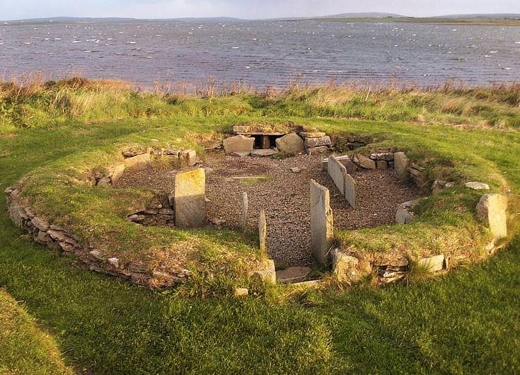 Barnhouse Settlement (Martin McCarthy (Tumulus))