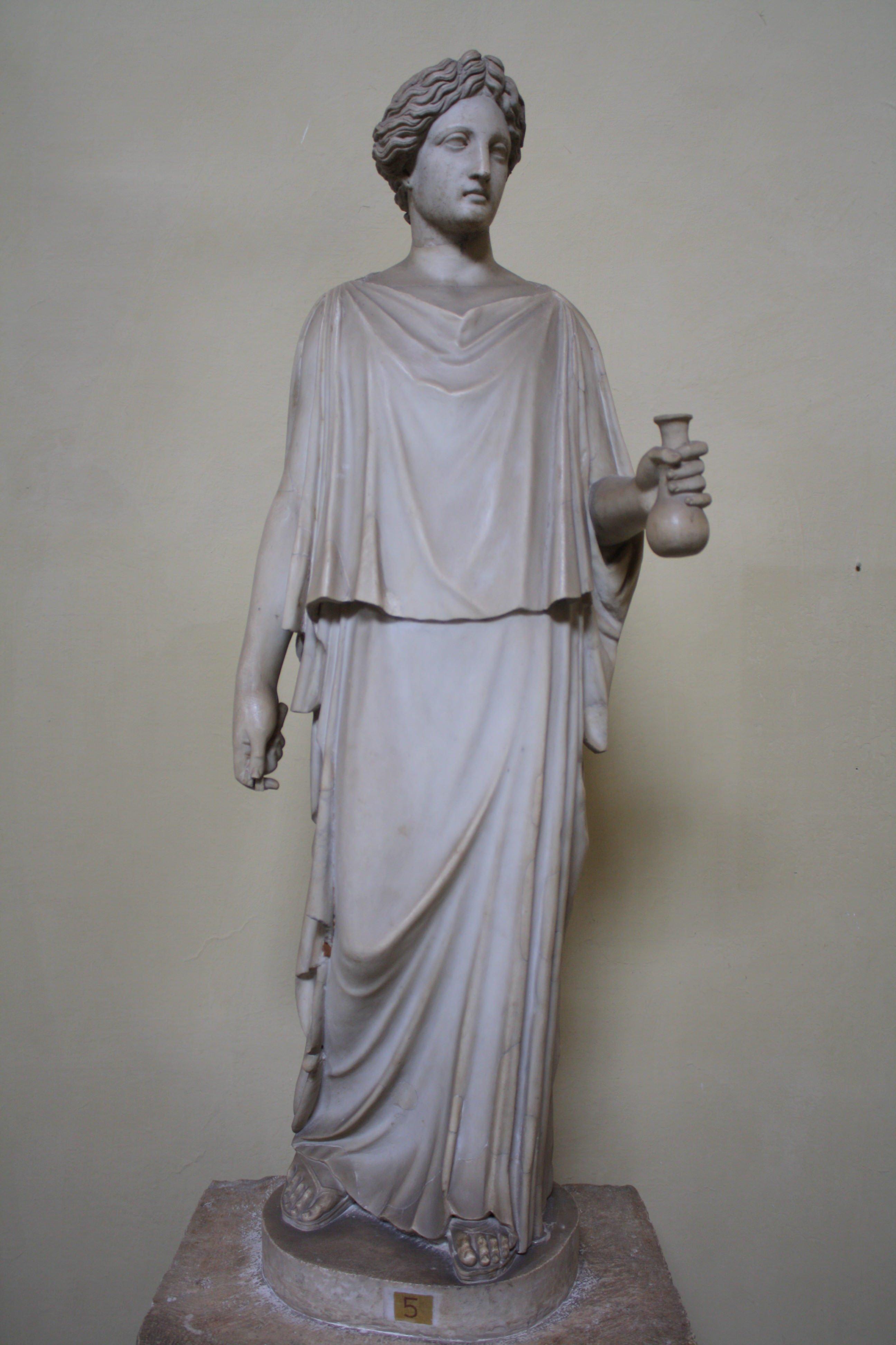 Greek Peplos Dress (Illustration) - Ancient History ...