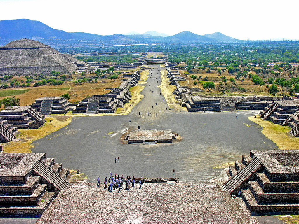 Avenue of the Dead, Teotihuacan (Illustration) - Ancient History  Encyclopedia