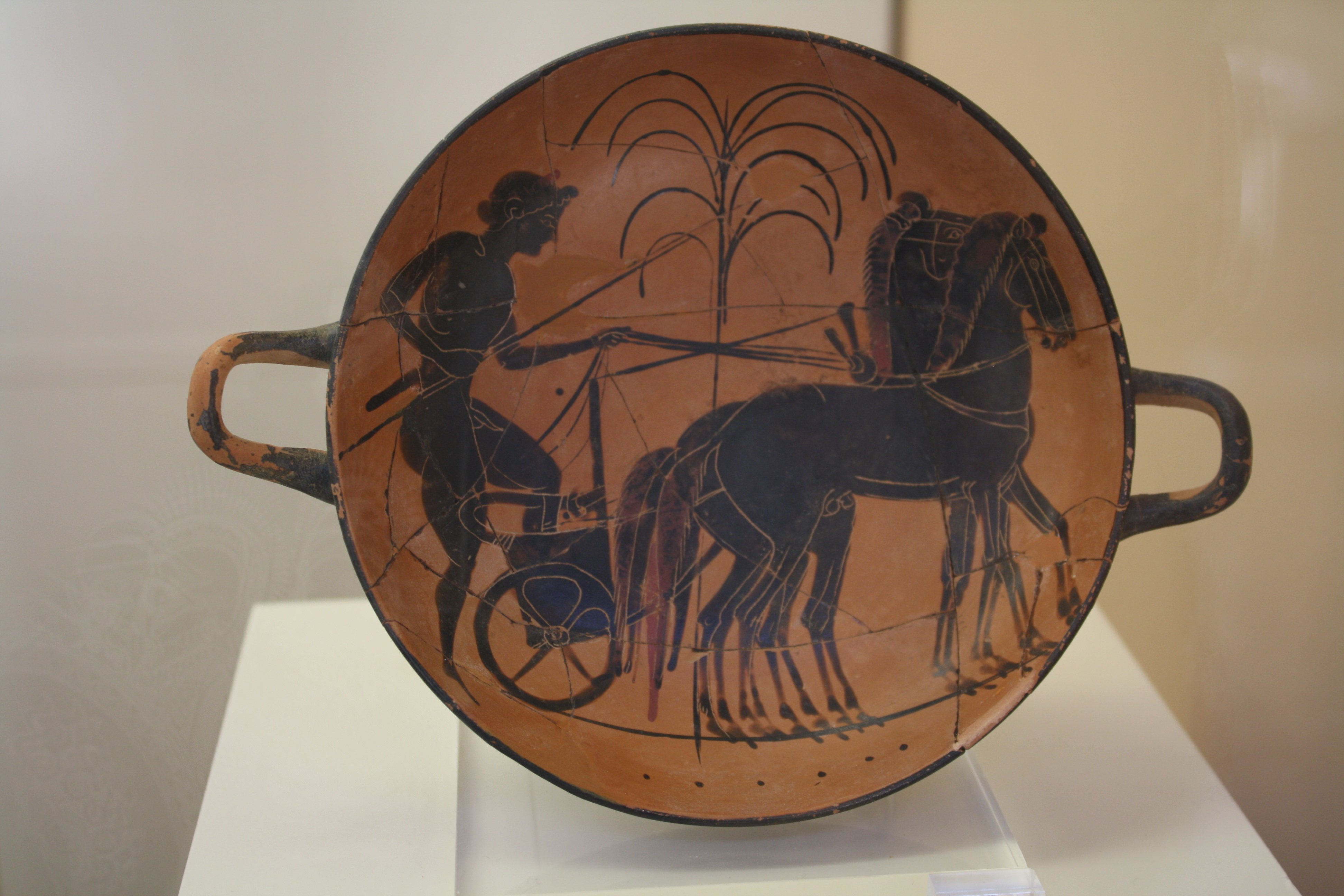 Black figure pottery ancient history encyclopedia greek chariot painters and potters were usually although not always separate specialists the first signed vase was by sophilos and dates to c 570 bce reviewsmspy