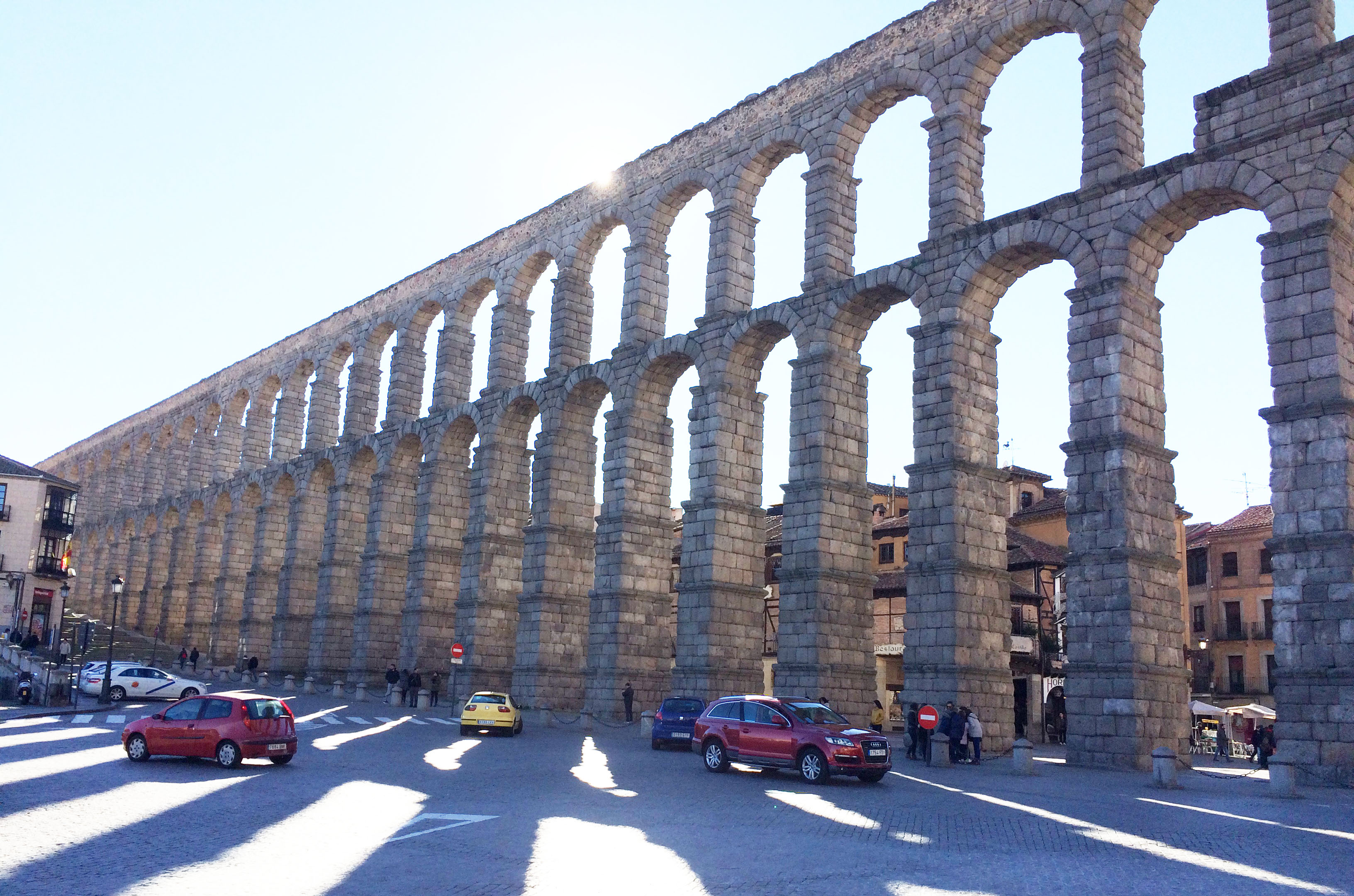 roman aqueduct of segovia illustration ancient history
