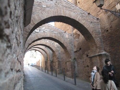 Contrafuerte romano