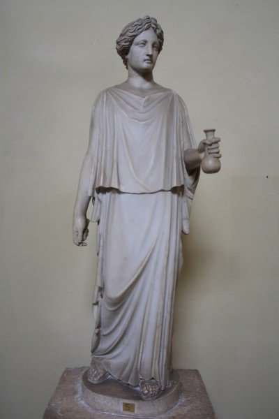 Ancient Greek Clothing Article