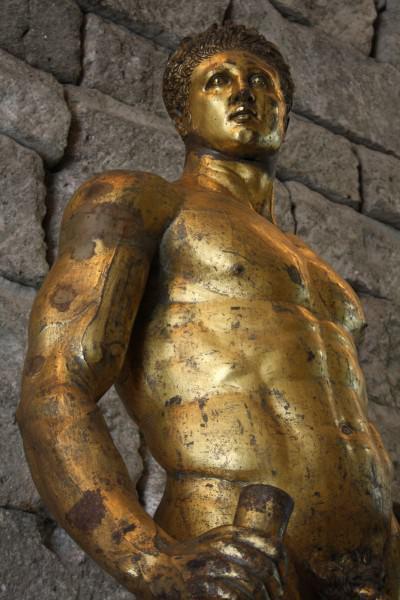 Hércules bronce dorado