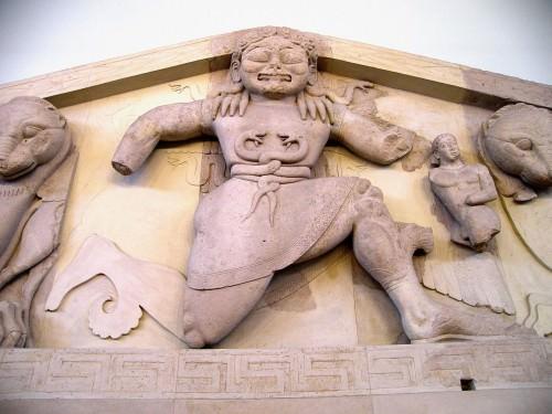 Gorgon, Tempio di Artemide, Corcira