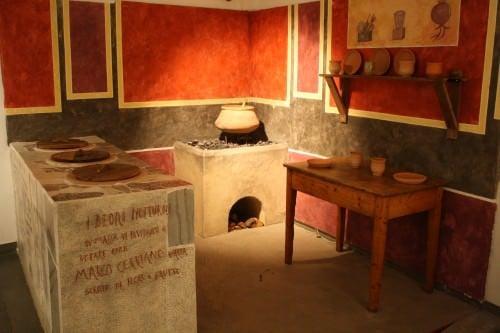 Reconstrucción de la tienda de comida romana