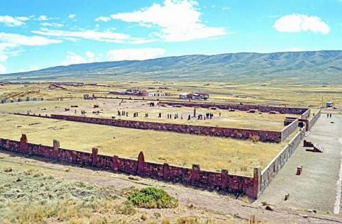 Kalasasaya, Tiwanaku