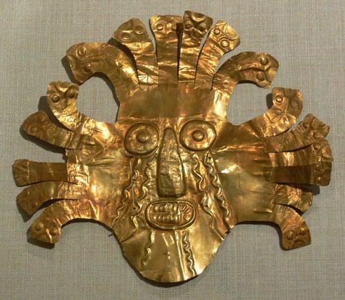Máscara de ouro de Nazca