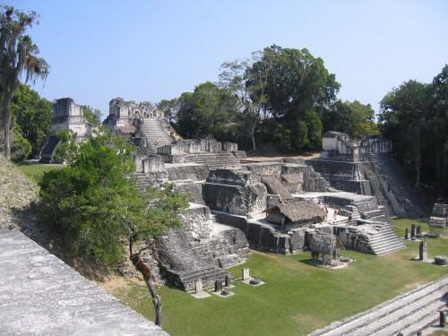 Acrópolis Norte, Tikal