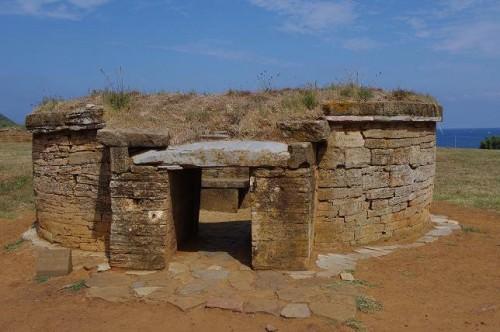 Tumba de los túmulos de Populonia