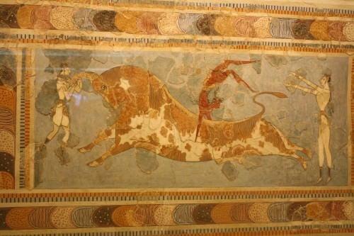 Minoan Bull pulando