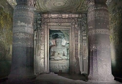 Escultura de Buda en Ajanta
