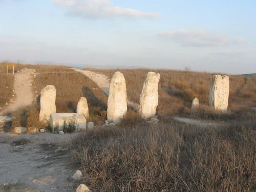 The standing stones of Gezer's